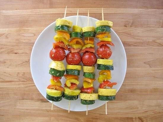 xiên các loại rau củ với nhau