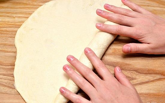 cuộn bột bánh