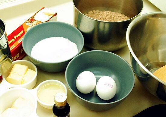 các nguyên liệu làm bánh