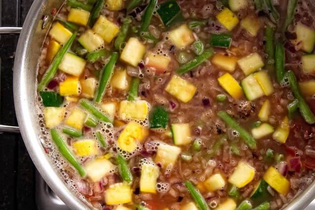 Cách làm canh thịt viên kiểu Mexico ngon cho bữa tối 7