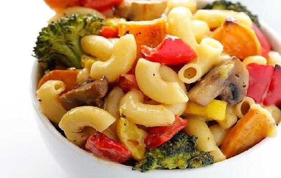 Cách làm mỳ ống trộn rau củ nướng thơm ngon 5