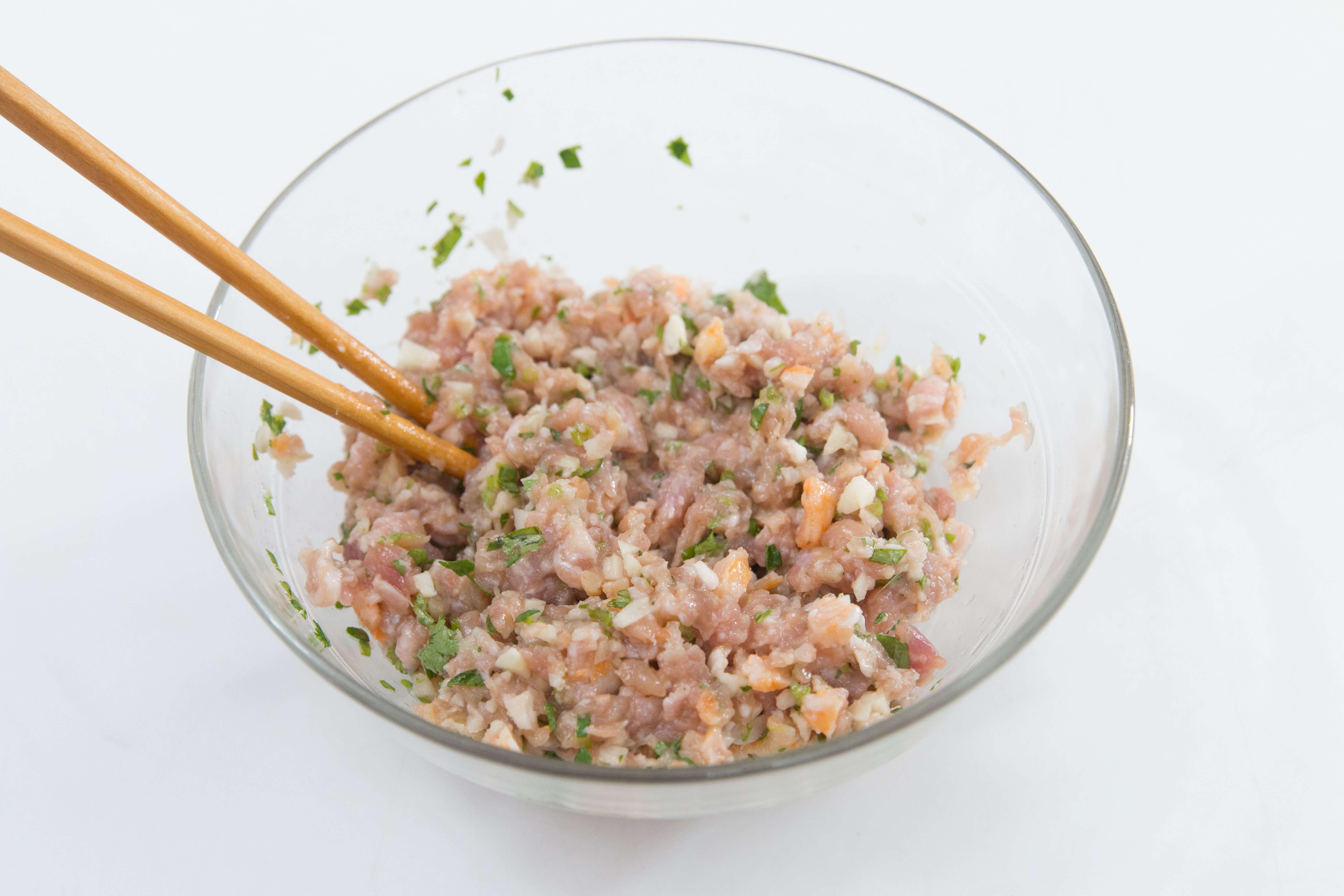 Cách làm nấm hương nhồi thịt ngon cơm cho bữa tối tại nhà
