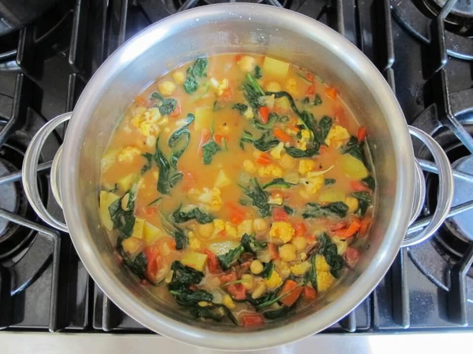 Cách làm rau củ hầm bột cà ri ngon cơm bữa tối 5