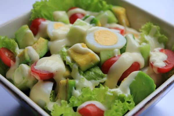 , Cách chế biến salad trái bơ dịu mát giải nhiệt