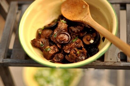 thịt bò hầm nấm hương vị thơm ngon