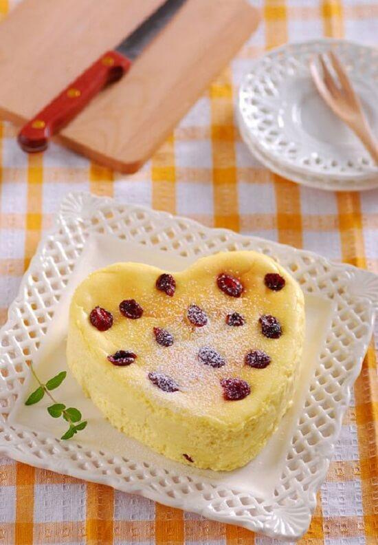 bánh nho khô hình trái tim