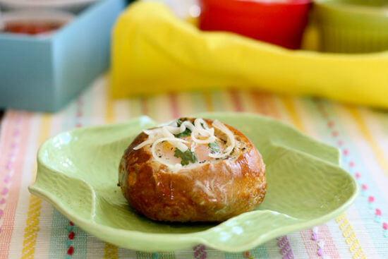 Cách làm bánh mì phô mai thịt nguội đơn giản cho bữa sáng 7