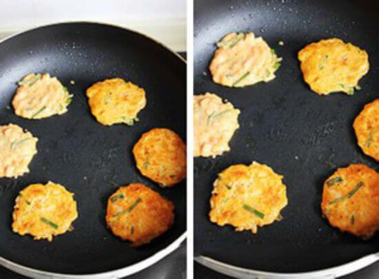Công thức làm bánh xèo kim chi Hàn Quốc 5