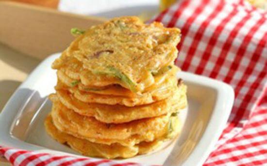 Công thức làm bánh xèo kim chi Hàn Quốc 6