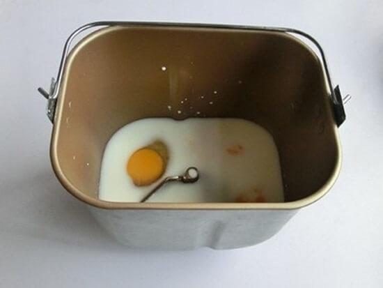 đánh trứng với sữa