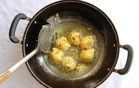 chiên vàng bánh khoai tây