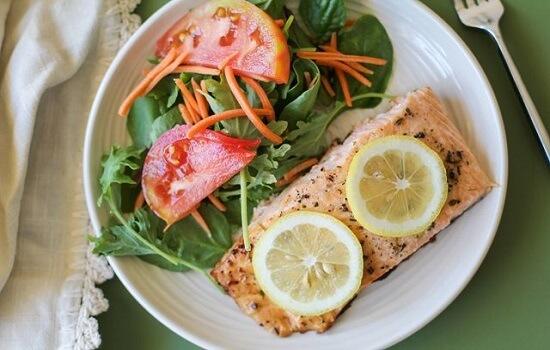 cách làm cá hồi nướng tiêu ngon cơm bữa tối