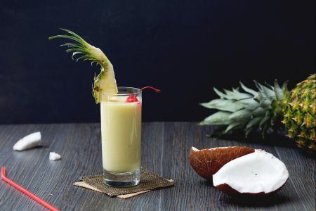 Cách làm cocktail Pina Colada 1