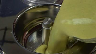Cách làm kem tươi kiwi 8