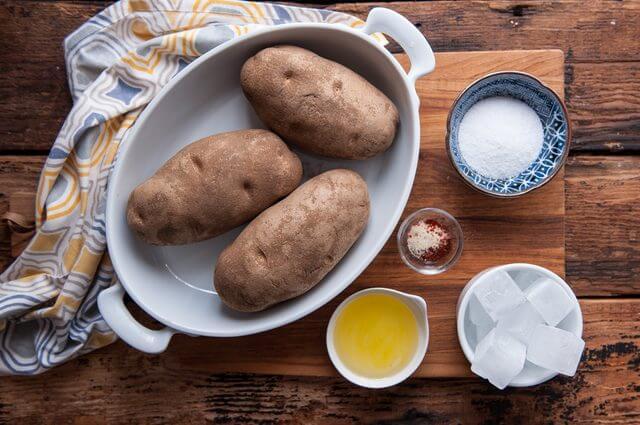 nguyên liệu chuẩn bị - Cách làm khoai tây chiên