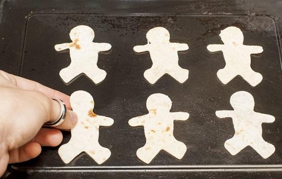 Cách làm bánh nướng rau trộn cho bé biếng ăn 7