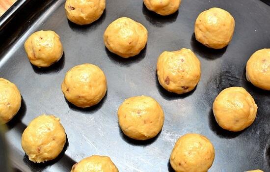 nặn bánh quy