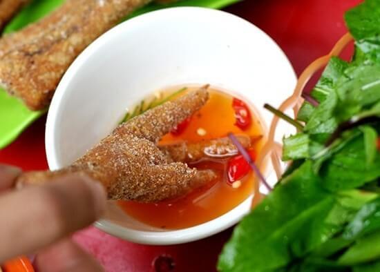 Cách làm chân gà rang muối thơm ngon