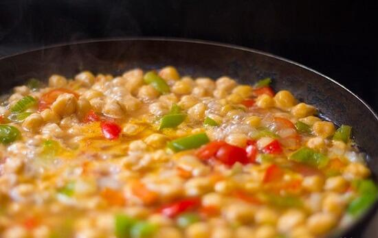 hầm đậu và rau củ