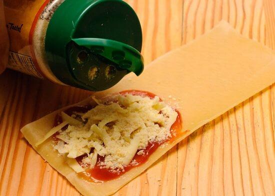 thêm phô mai parmesan