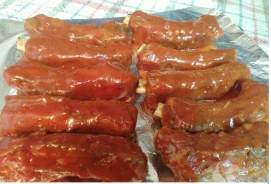 Món sườn nướng BBQ hoàn thành có màu sắc bắt mắt và hương vị hấp dẫn