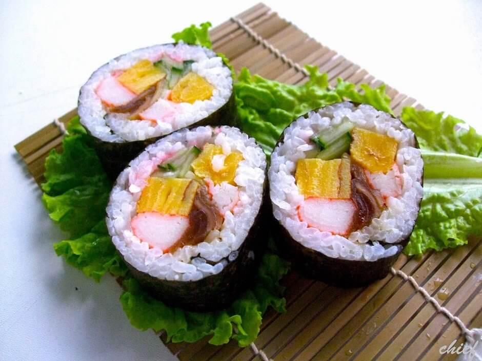 Cách làm Sushi Futomaki