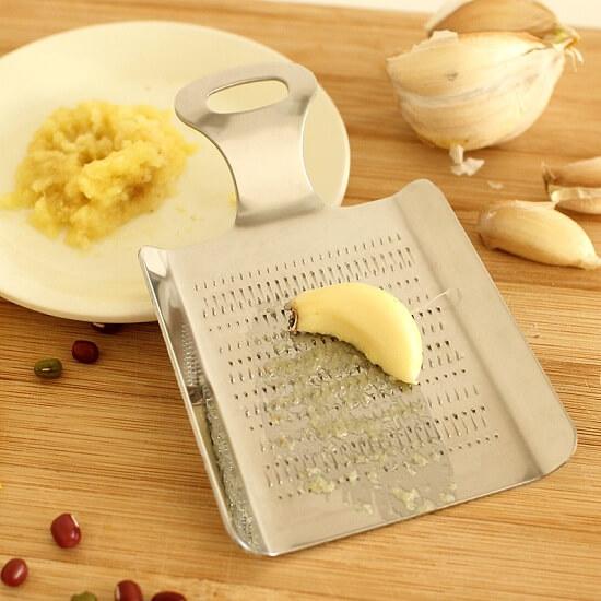 Chuẩn bị nguyên liệu làm thịt ba chỉ nướng mật ong 1