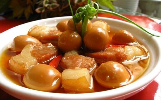 , Thịt kho tàu đậm đà hương vị Việt
