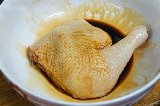 Công thức làm gà nướng mè không cần lò nướng 4