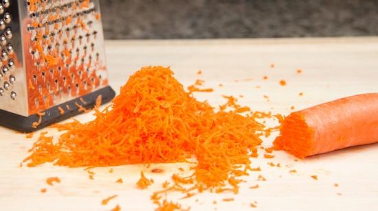 nạo vụn cà rốt