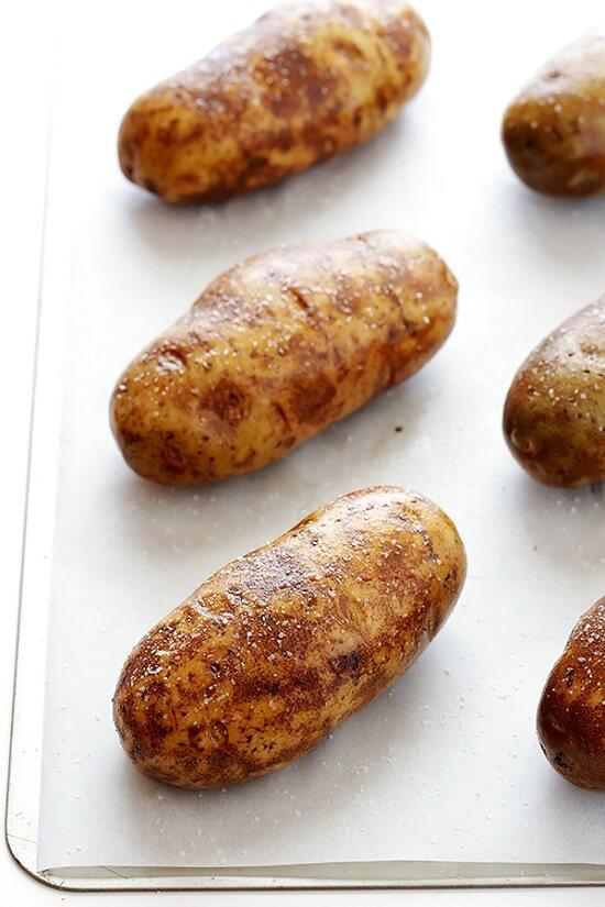 hướng dẫn làm khoai tây nướng thơm ngon 3