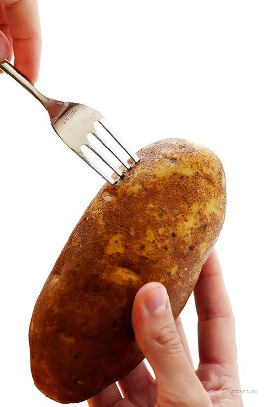 hướng dẫn làm khoai tây nướng thơm ngon 2