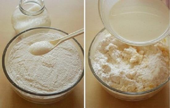 trộn đường với bột mì