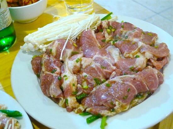 lam-thit-nuong-han-quoc-tai-nha-2