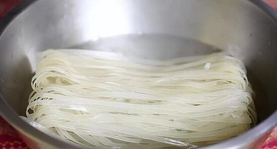 Cách nấu mì xào Thái Lan thơm ngon mê li 2