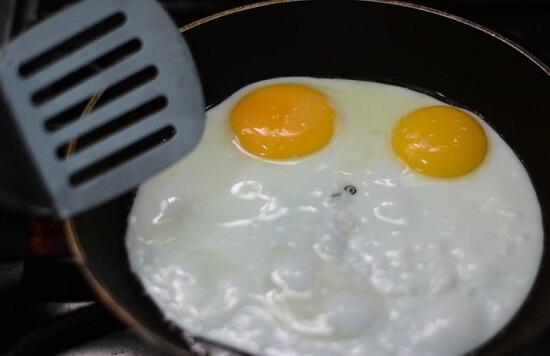 Cách làm bữa sáng kiểu Anh ngon miệng hấp dẫn 7