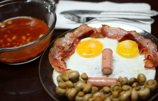 Cách làm bữa sáng kiểu Anh ngon miệng hấp dẫn 1