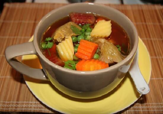 soup bắp bò hầm rau củ