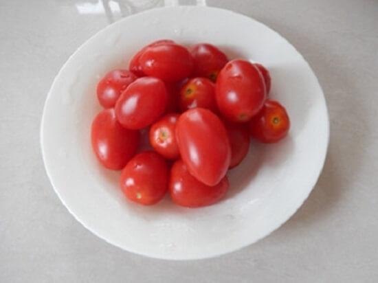 cà chua bi rửa sạch