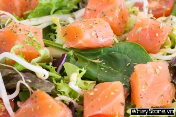 Cá hồi làm gì ngon? 10 món ăn đổi bữa từ cá hồi cho dân thể hình - Ảnh 4