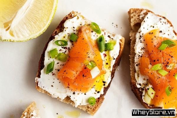 Cá hồi làm gì ngon? 10 món ăn đổi bữa từ cá hồi cho dân thể hình - Ảnh 5