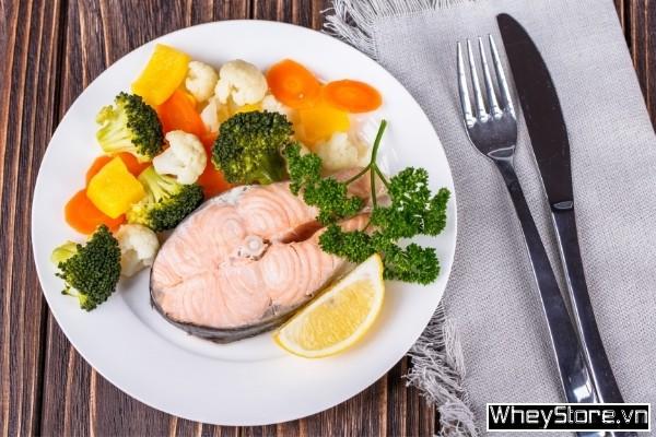 Cá hồi làm gì ngon? 10 món ăn đổi bữa từ cá hồi cho dân thể hình - Ảnh 7