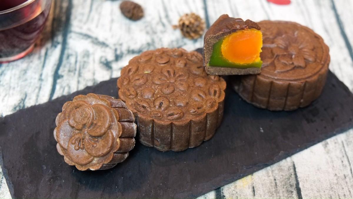 Bánh Trung Thu socola nhân đậu xanh