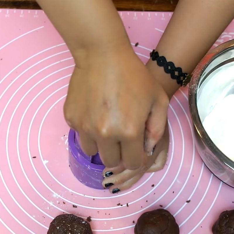 Bước 6 Đóng bánh Bánh Trung Thu socola nhân đậu xanh